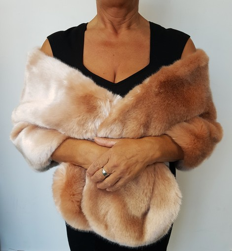 Tissavel Blush Faux Fur Stole