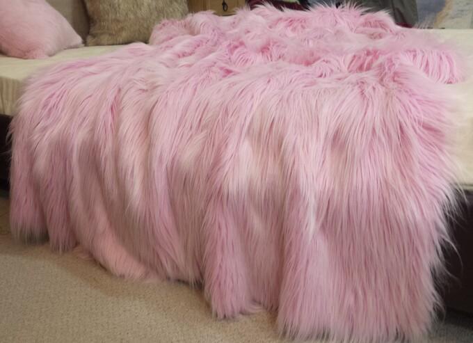 SALE Candy Faux Fur Throw & Cushions