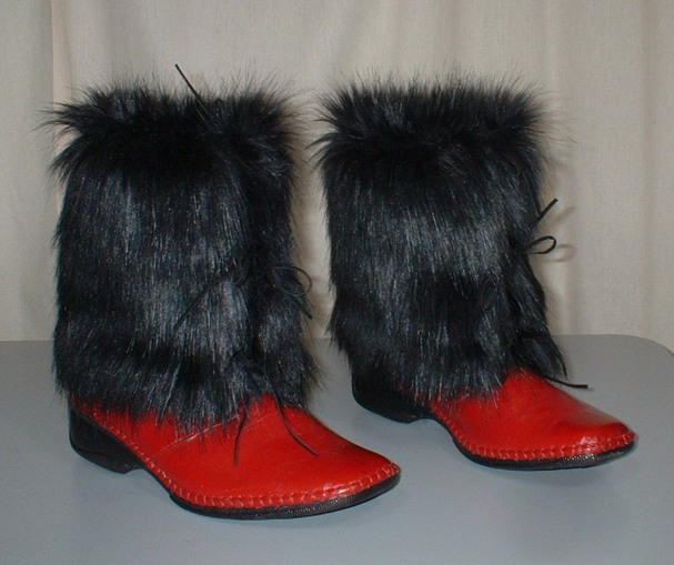 Black Bear Faux Fur Boot Wraps