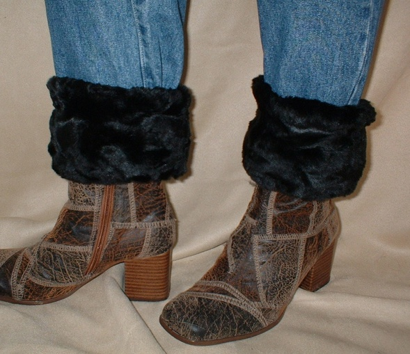 Black Astra Faux Fur Boot Toppers