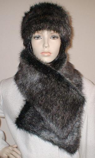 Wolfhound Faux Fur Vintage Asymmetric Scarf