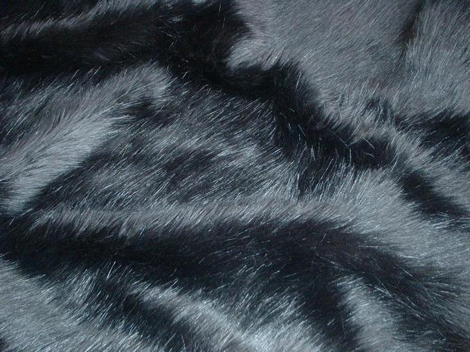 Black Bear Faux Fur per meter