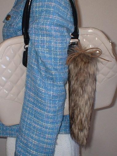 Simba Faux Fur  Faux Fur Tail Handbag Key Charm