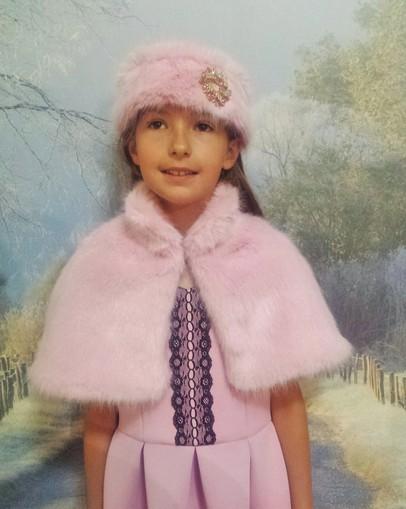 Children's Raspberry Cream Faux Fur Capelets