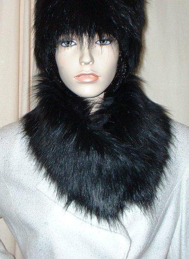 Black Bear Faux Fur Long Collar