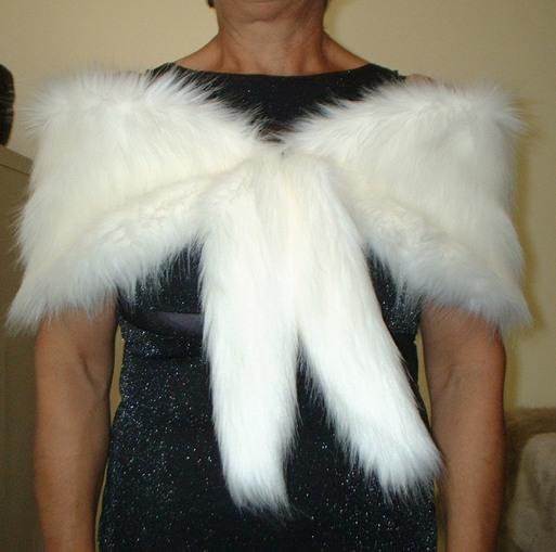Polar Bear Faux Fur Vintage Foxy Wrap