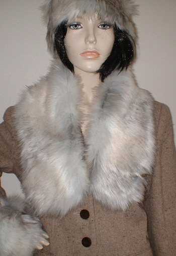 Snow Wolf Faux Fur Neck Scarf