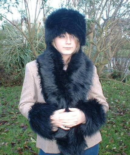 Black Bear Faux Fur Traditional Scarf