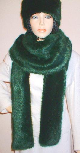 Hunter Green Faux Fur Super Long Scarf