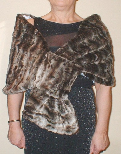 Vintage Silver Astra Faux Fur Pull Through Stole