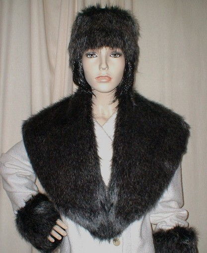 Wolfhound Faux Fur Shawl Collar