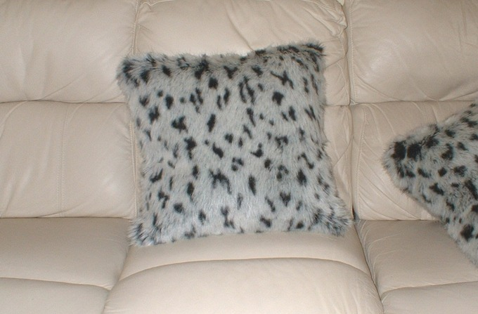 Tissavel Winter Leopard Faux Fur Cushions