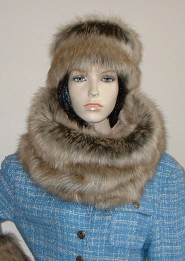 Husky Faux Fur Cowl/Neck Warmer