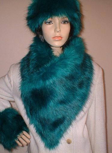 Jade Faux Fur Vintage Asymmetric Scarf