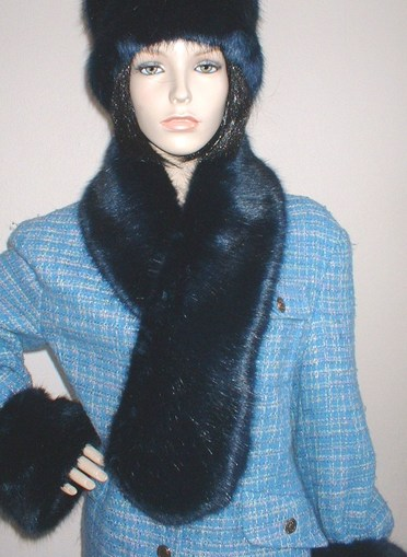 Midnight Navy Blue Faux Fur Pull Through Scarf