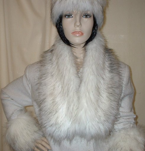 Alaska Faux Fur Neck Scarf