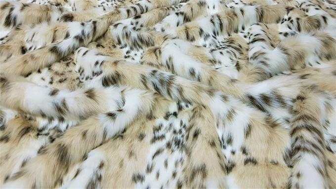 Beige Lynx Faux Fur Throws