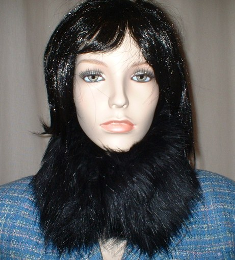 Black Bear Faux Fur Collar