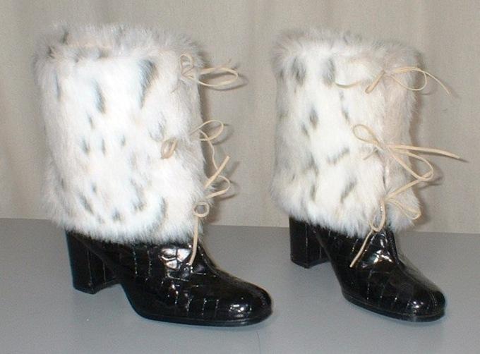 Snow Lynx Faux Fur Boot Wrap