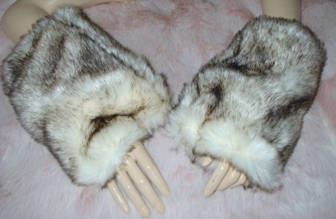 Polar Fox Faux Fur Fingerless Mittens