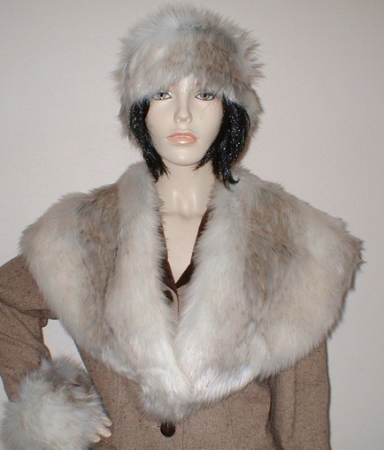 Snow Wolf Faux Fur Shawl Collar