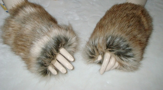 Husky Faux Fur Fingerless Mittens