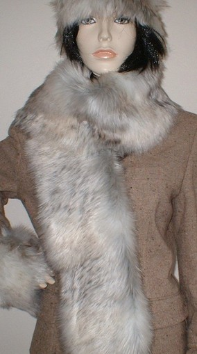 Snow Wolf Faux Fur Scarf