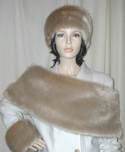 Honey Blonde Faux Fur Fling