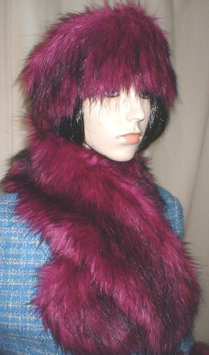 Magenta Faux Fur Neck Scarf