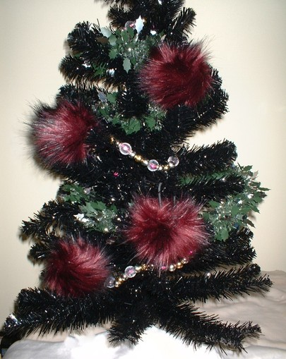 Tuscan Red Faux Fur Christmas Bauble