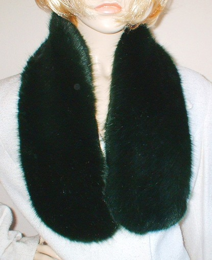 Hunter Green Faux Fur Neck Scarf