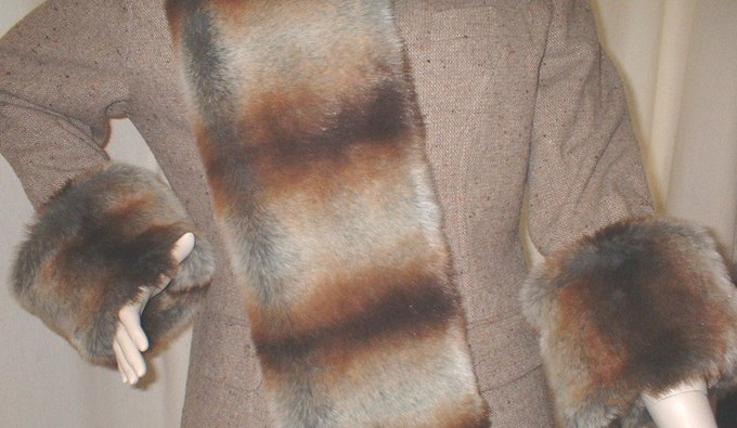 Golden Brown Chinchilla Faux Fur Cuffs (Pair)