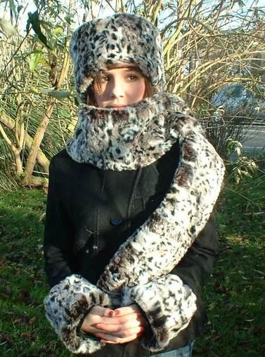 Wild Cat Faux Fur Cuffs