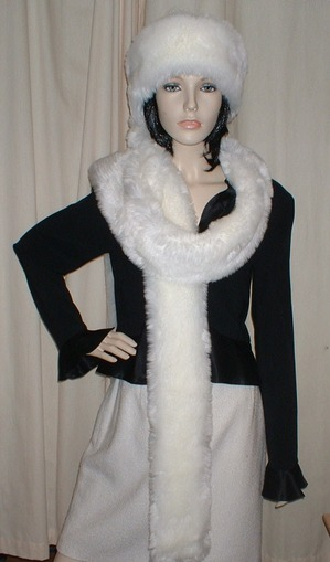 Marilyn Faux Fur Super Long Scarf