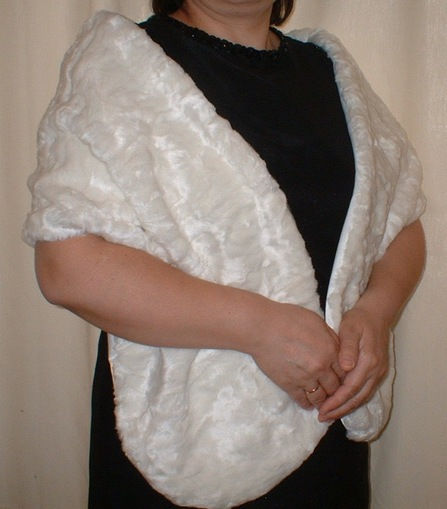 Ivory Astra Faux Fur Stole