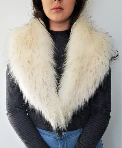 Tissavel Himalaya Faux Fur Lapel Collar