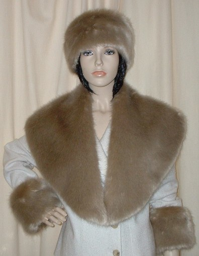 Honey Blonde Faux Fur Shawl Collar