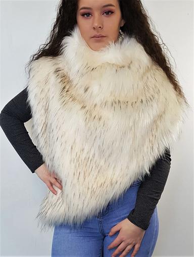 Tissavel Himayala Faux Fur Huntress Cowl