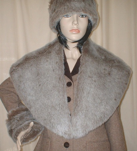 Original Koala Faux Fur Shawl Collar