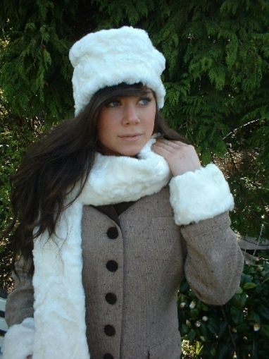 Ivory Astra Faux Fur Cuffs