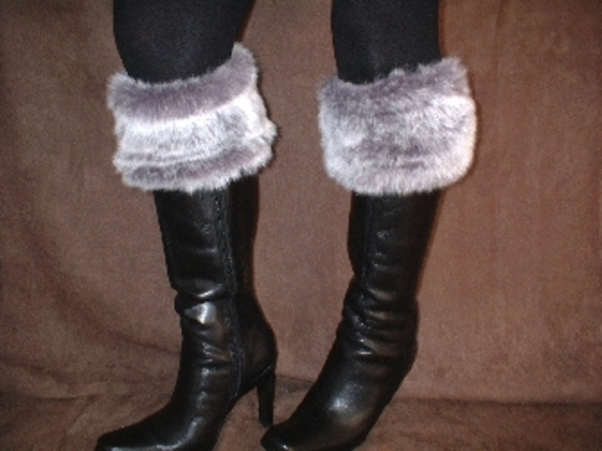 Silver Lavender Fox Faux Fur Boot Topper