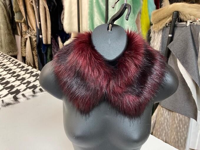 SALE Faux Fur Short Collars