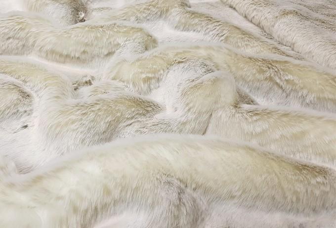 Beige Frost Faux Fur Swatch